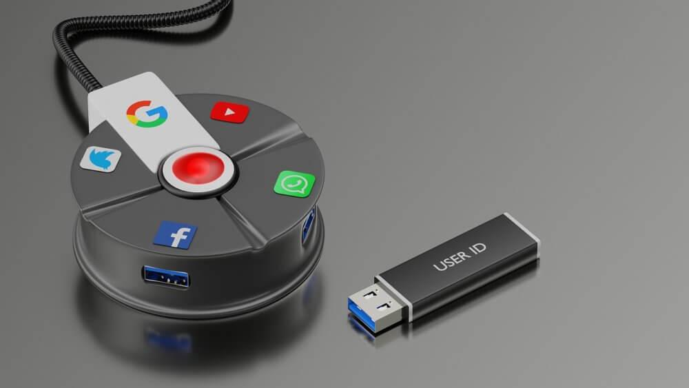 USBメモリとコネクター