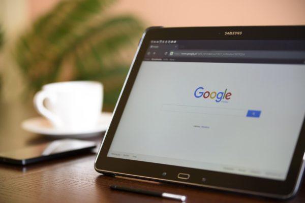 パソコン画面にGoogle